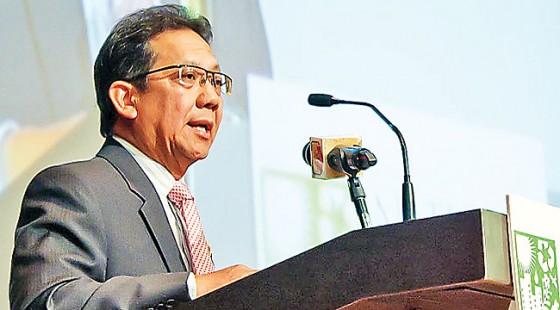 Minister of Development Pehin Dato Seri Setia Awg Hj Suyoi delivering the opening keynote address. – DANIAL NORJIDI
